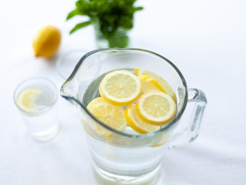 Flavorful water | increase your daily water intake | Successfitness.ca